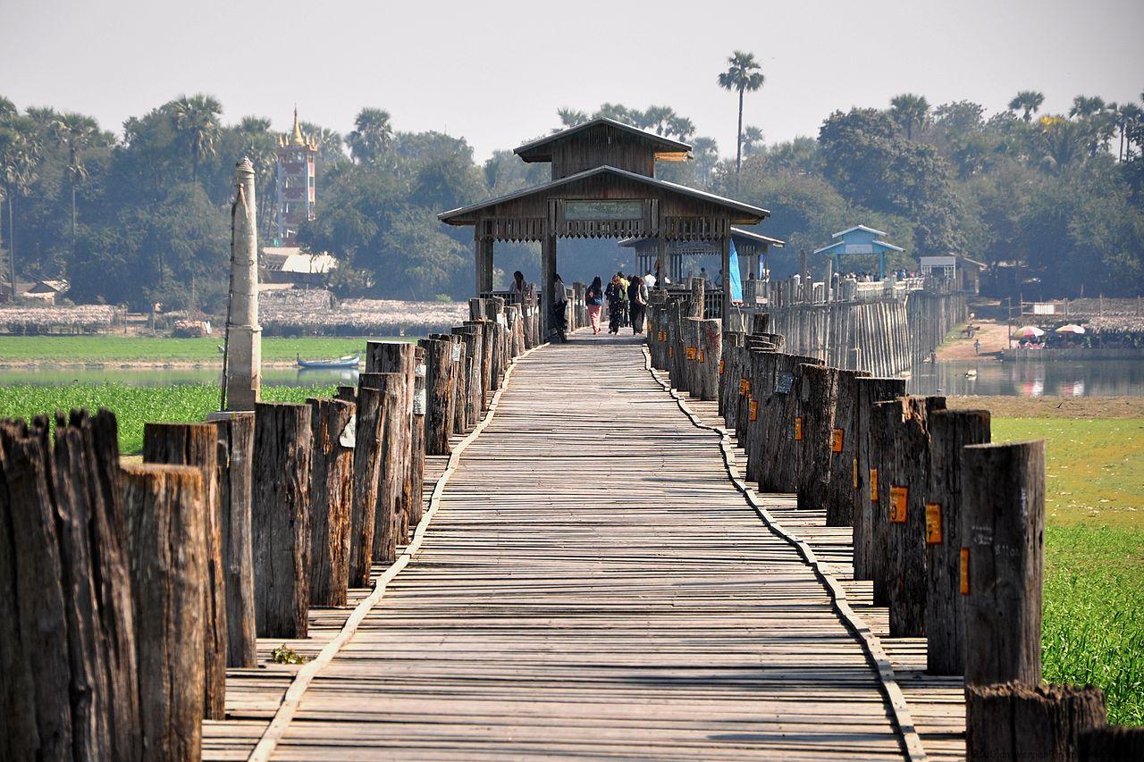 В Мьянме находится самый длинный и старый из тиковых мостов — мост Убэйн