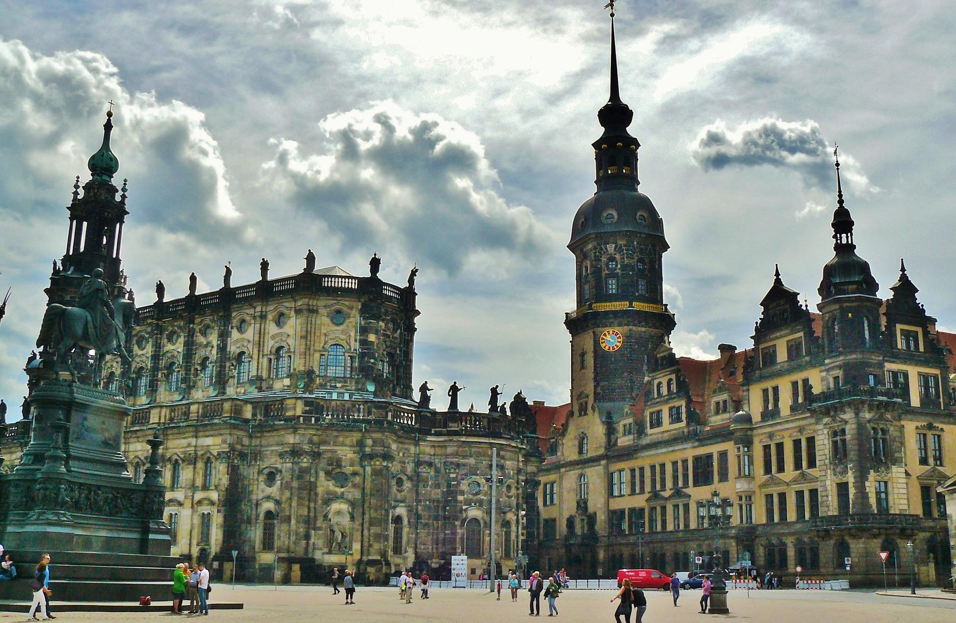 Дрезден, площадь